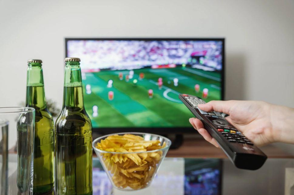 Watching TV | TV Advertising.co.uk